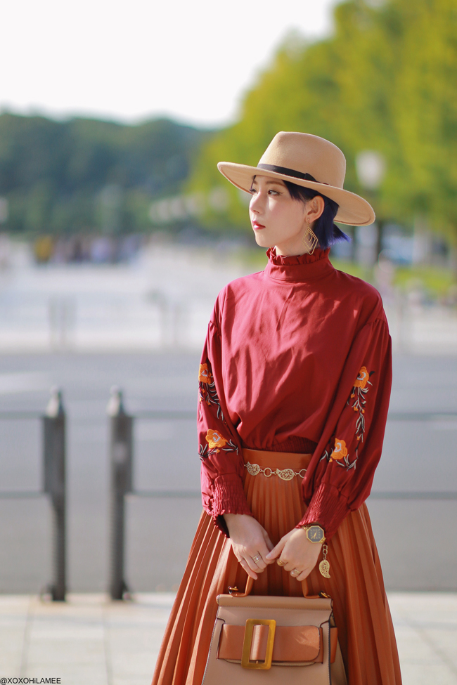 Japanese Fashion Blogger,MizuhoK,20191027OOTD, SHEIN=burgundy embroidery blouse, Dresslily=faux leather pleated skirt, Reasterisk=mules, ZAFUL=handbag and more...
