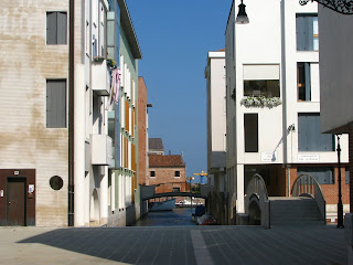 Neubauten auf der Giudecca, Photo by Gunther H.G. Geick