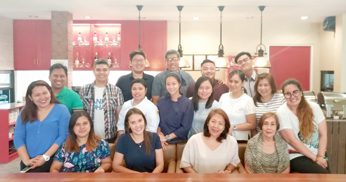 #TeamDDI with media friends during the breads and pastries launch   at Patok Sa Manok, Tulip Drive in Ecoland, Davao City.