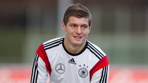 Toni kroos Family Wife Son Daughter Father Mother Age Height Biography Profile Wedding Photos