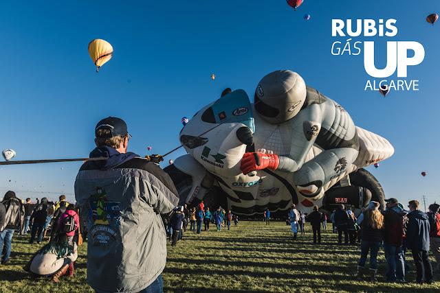 Festival-de-Balonismo-invade-céus-algarvios-armazém-de-ideias-ilimitada-balão-moto