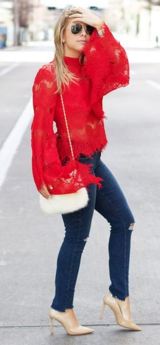 how to style skinny jeans : red lace top + white fur bag + heels