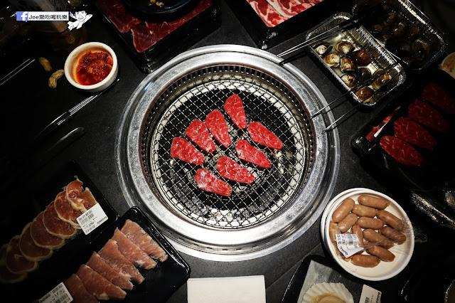 IMG 88801 - 【熱血採訪】肉多多 - 超市燒肉,三五好友一起來採購,想吃甚麼自己拿,現拿現烤真歡樂! 產地直送活體海鮮現撈現烤、日本宮崎5A和牛現點現切!