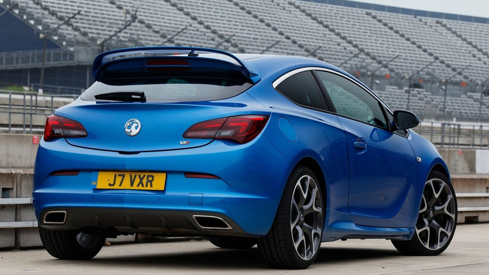 2013 vauxhall astra vxr fast speedy cars. Black Bedroom Furniture Sets. Home Design Ideas