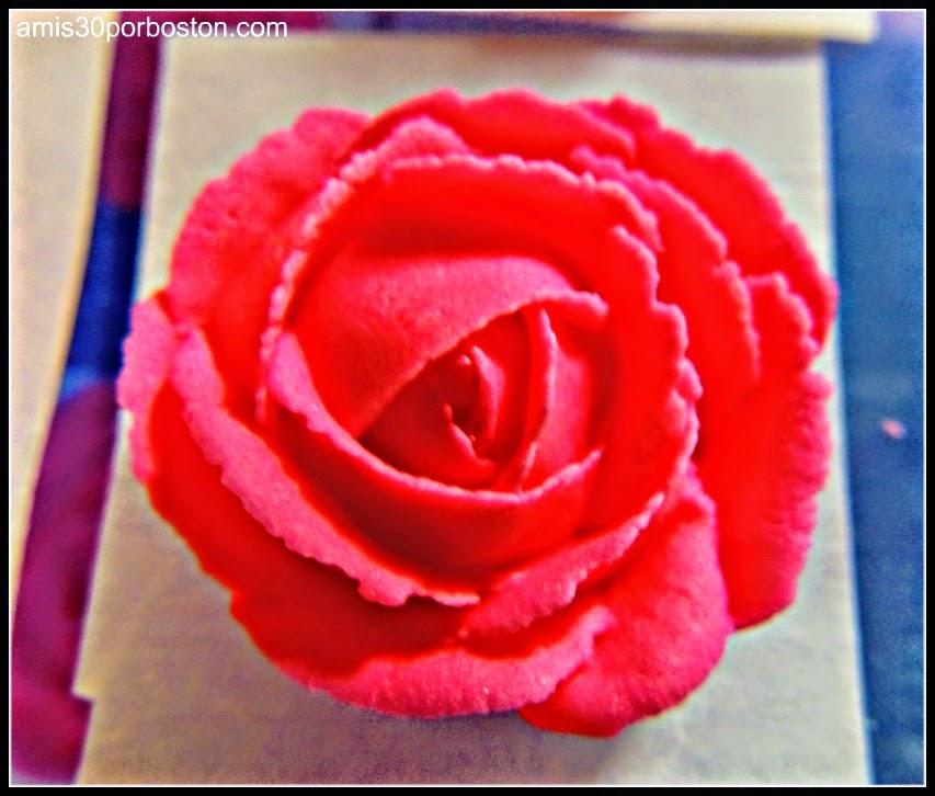 Curso 2 de Decoración Wilton: Rosa