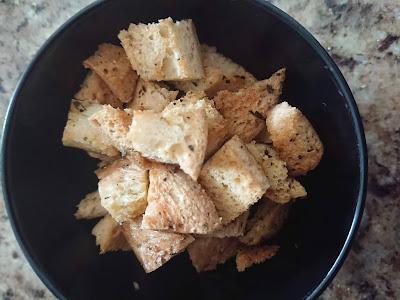 Homemade Baked Gluten Free Croutons