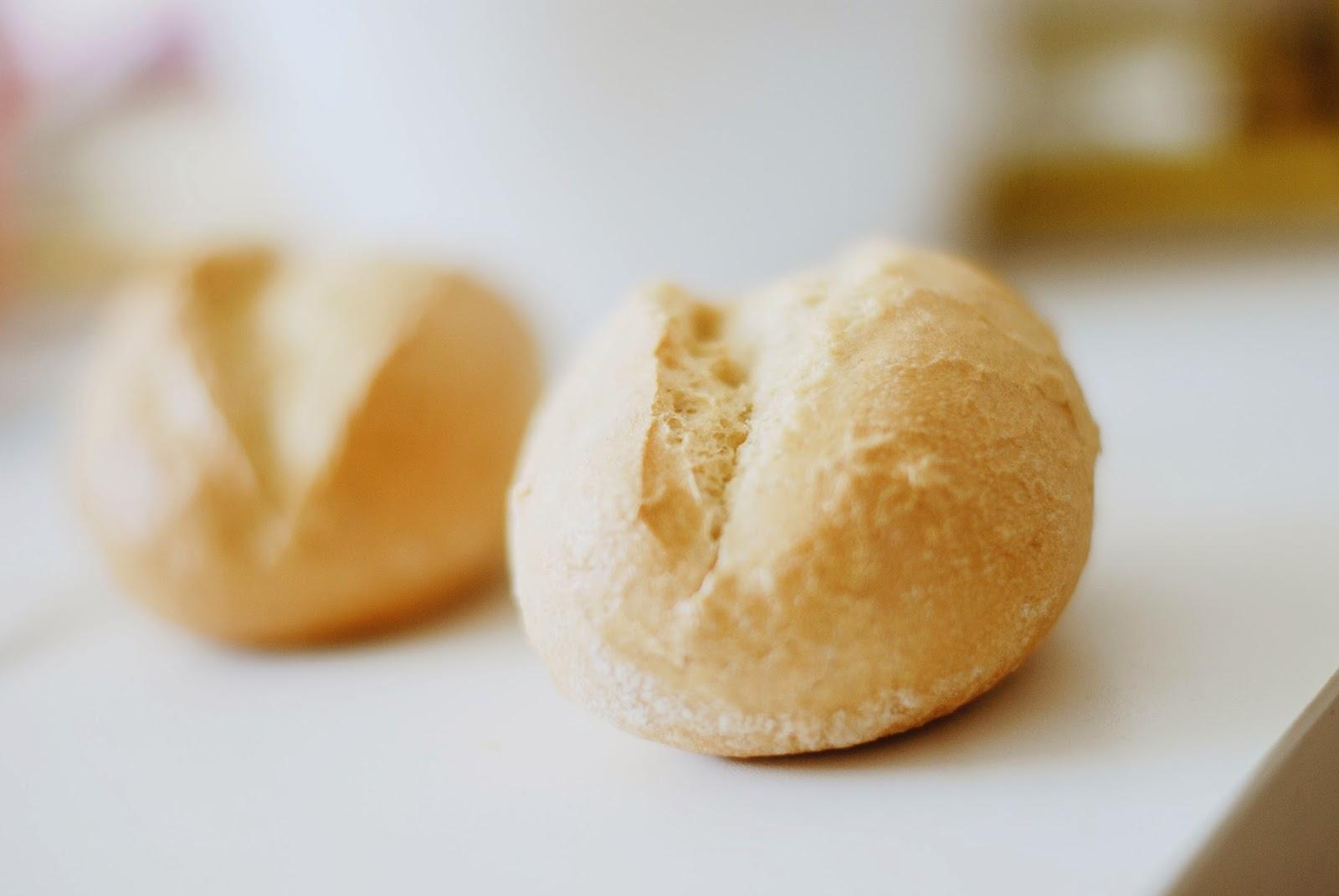 Harte Brötchen - So erweckt man Teigsteinchen wieder zum Leben
