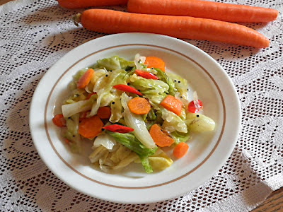 Stir Fried Cabbage Recipe  @ treatntrick.blogspot.com