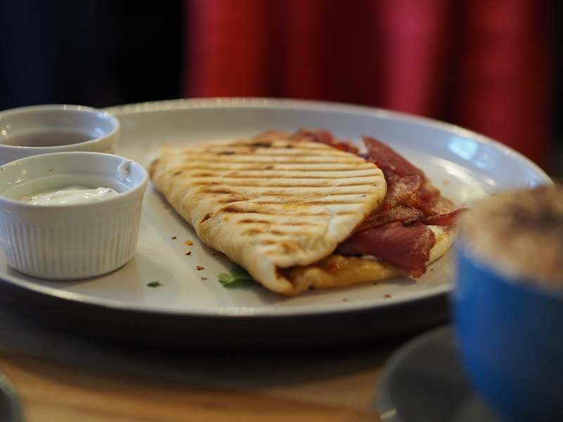 Bacon Naan at the Long Dog Cafe Aberdeen