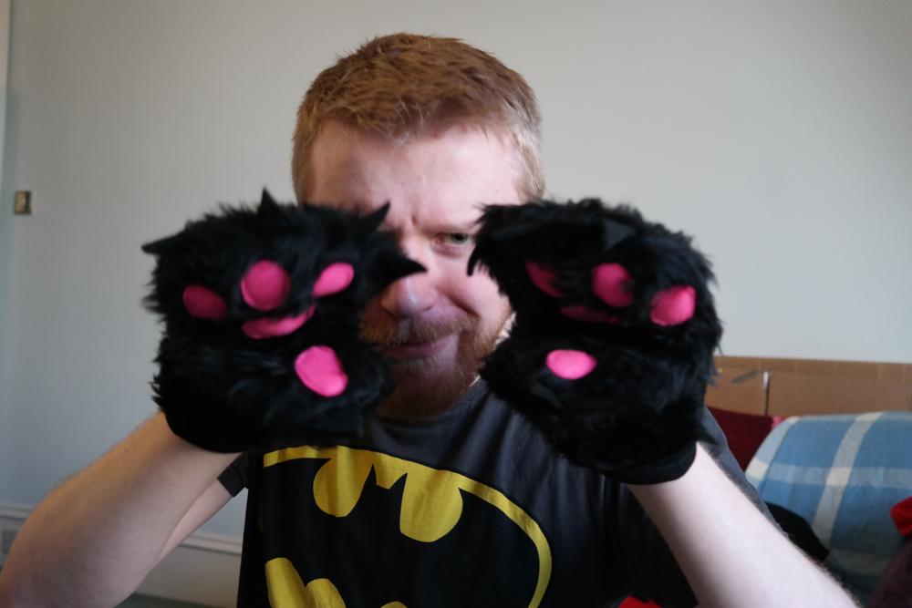 Monster oven gloves