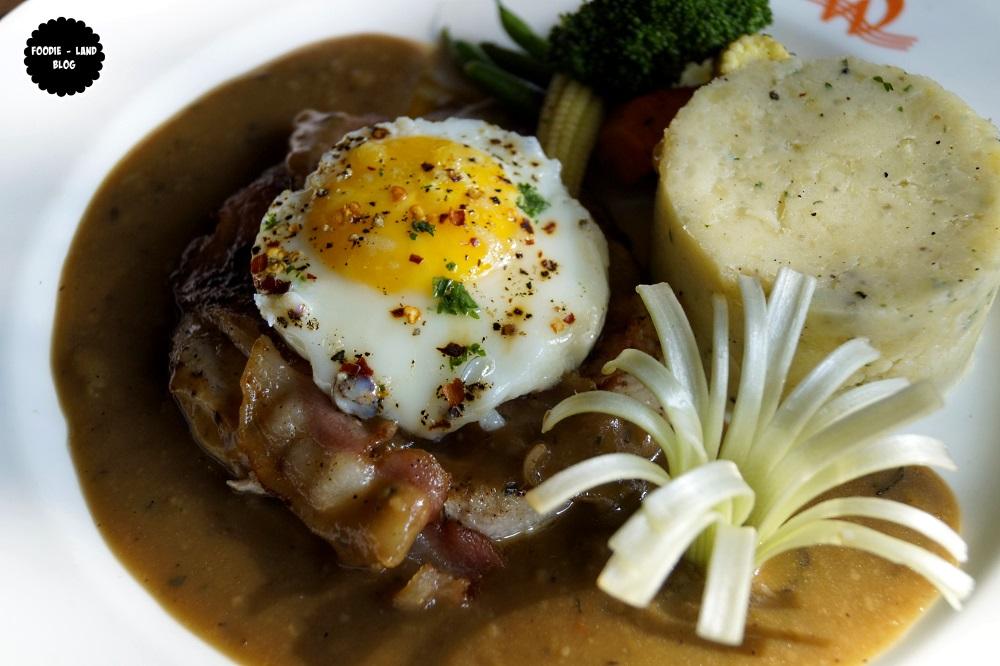 Chicken & Bacon Steak @ Woodstok   Indiranagar   Bangalore