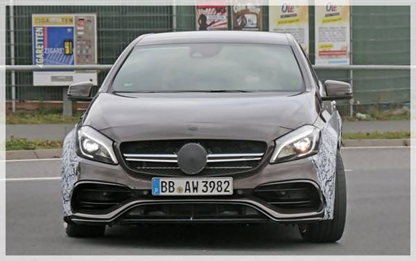 2018 Mercedes-AMG A45 Black Series Reviews