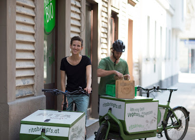 Rita Bringt's - Viennese Meals on (Pedal Powered) Wheels