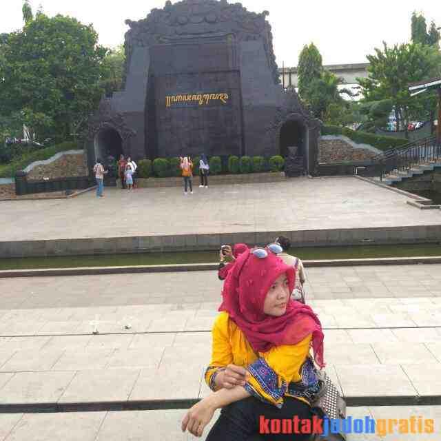 Arikho Gadis Cantik Berhijab Cari Jodoh Semarang Jawa Tengah