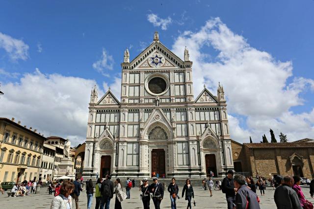 Frühstück bei Emma - unterwegs in Florenz mit Kindern - Grabeskirche von Galileo