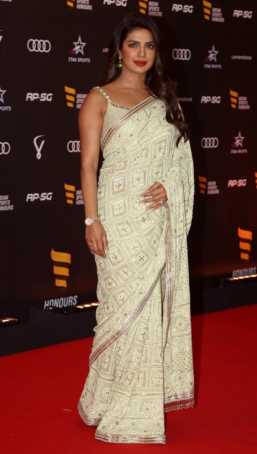 Indian Model Priyanka Chopra In Traditional White Saree