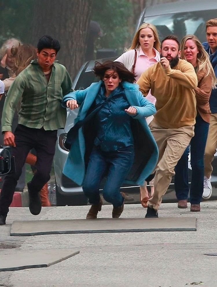 Sandra bullock takes a nasty fall on set of recent film