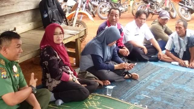 Produktivitas Kopi Rendah, Pemkab Lambar Kunjungi Petani