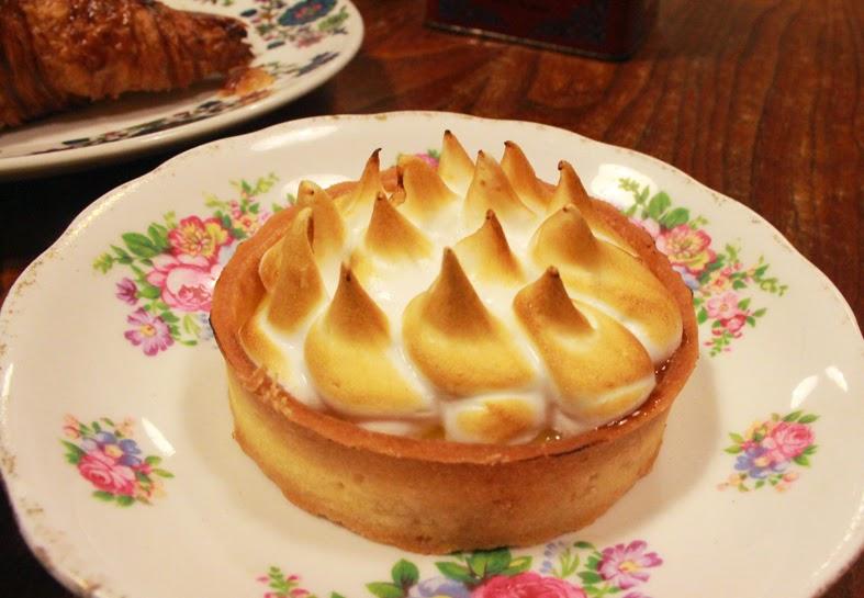 carpenter & cook passionfruit meringue tart