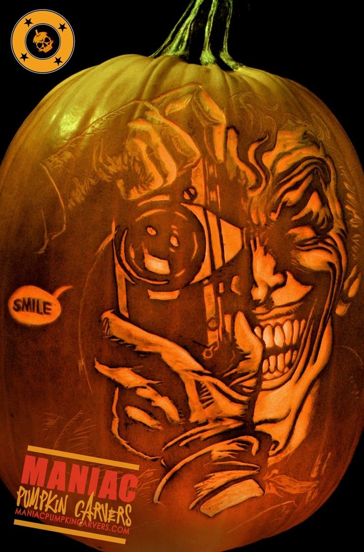 25-The-Joker-Batman-Maniac-Pumpkin-Carvers-Introduce-Halloween-www-designstack-co
