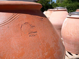 terracota amphora used in winemaking