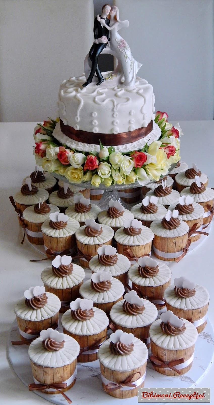 esküvői torta készítése házilag Esküvői torta,élővirágokkal díszítve. | Bibimoni Receptjei esküvői torta készítése házilag