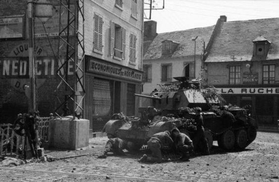 26 May 1940 worldwartwo.filminspector.com British Cruiser tank