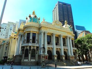 Fachada do Teatro Municipal do Rio de Janeiro
