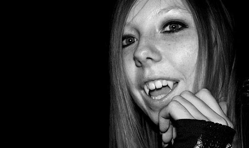 Vampire Teen 15