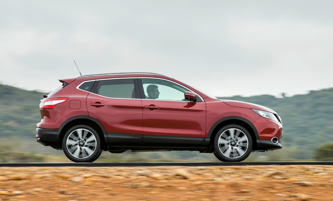 Nissan Qashqai on the move