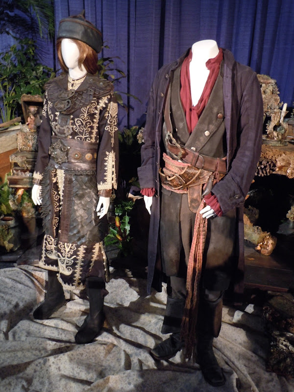 Pirates of the Caribbean At World's End costumes