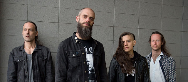 baterista baroness abanona gira europea violacion enamorada