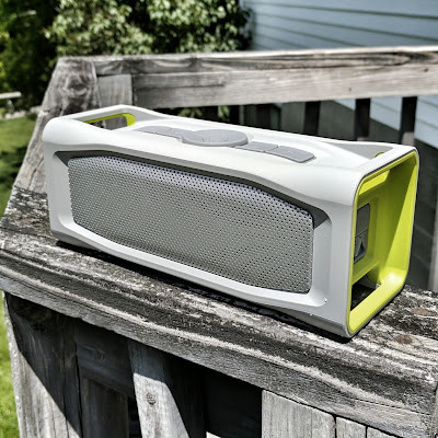 Product Review: LifeProof Aquaphonics AQ10 Portable Bluetooth Speaker