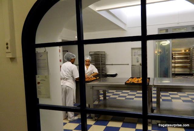 Cozinha da Fábrica de Pastéis de Belém, Lisboa, Portugal