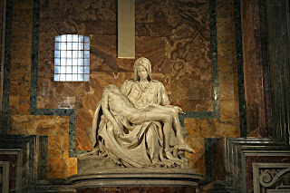 Pieta Vaticano Michelangelo - A (primeira) Pietà do Michelangelo