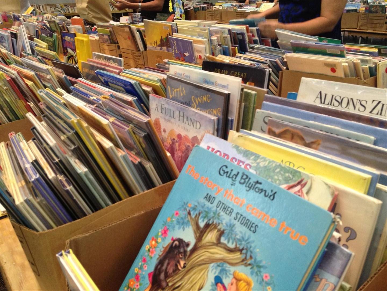 craftyc0rn3r: Library Book Sale