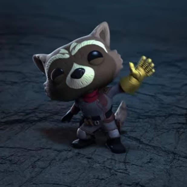 Rocket steals the infinity gauntlet from Thanos in Funko short anime :「アベンジャーズ : エンドゲーム」の大胆なロケット・ラクーンが、サノスからインフィニティ・ガントレットを奪ってしまう Funko のおかしなショート・アニメ ! !