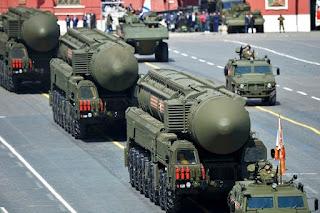 Rudal Antarbenua Rusia