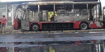 Transjakarta 2013 Terbakar, UPT Klaim Selalu Cek Mesin