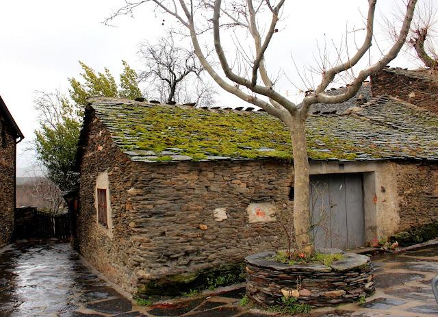 Pueblos de piedra y pizarra