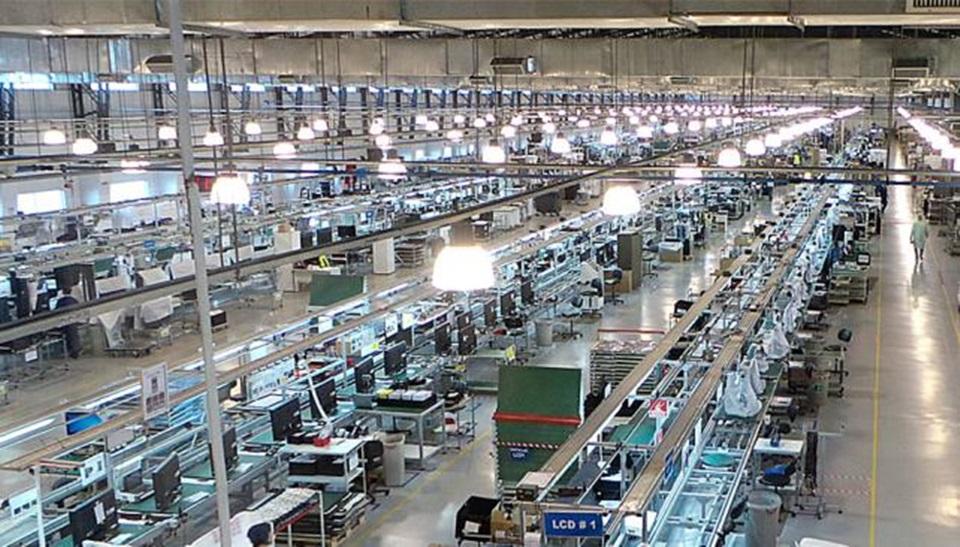 Crisis industrial en TDF culpan al contrabando