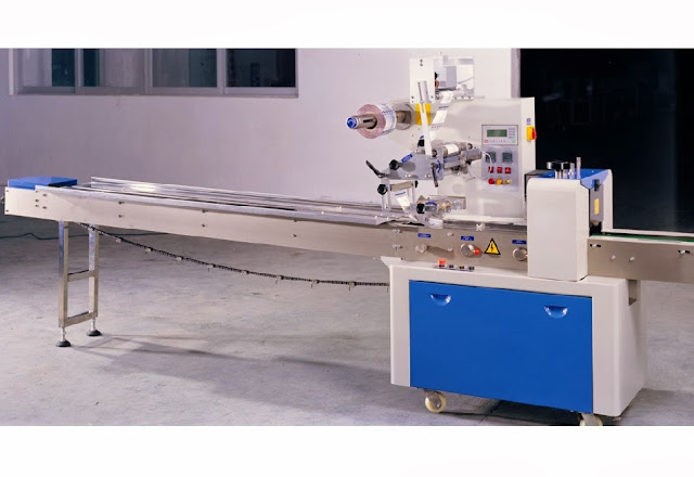 semi automatic horizontal flow pack machine for syringe cosmetic hard blister wrapper packing