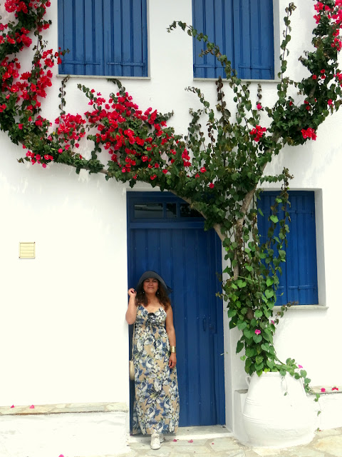 Dutched Pinay in Skopelos Island