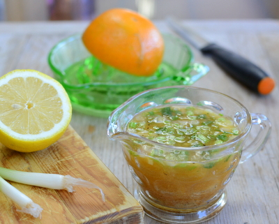 Orange & Cumin Vinaigrette ♥ KitchenParade.com, bright and vibrant, fresh-squeezed citrus with earthy cumin.