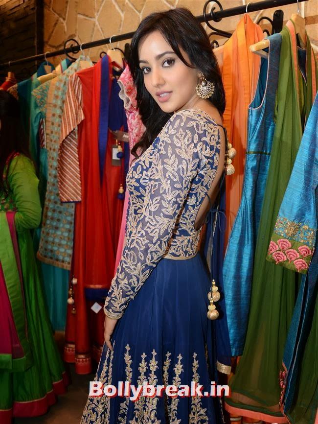 Neha Sharma, Mandira Bedi & Kajal Aggarwal at HUE Store Launch