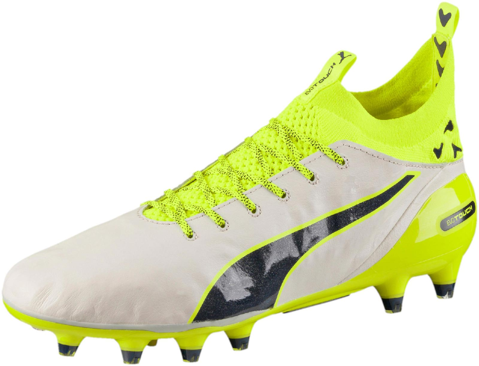 1852733aa975fe This is the first white paint job of the new Puma evoTOUCH Cleats.