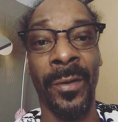 """She is what she is; she seen a sucker and licked it"" Snoop Dog wades in on the Rob Kardashian/Blac Chyna drama"