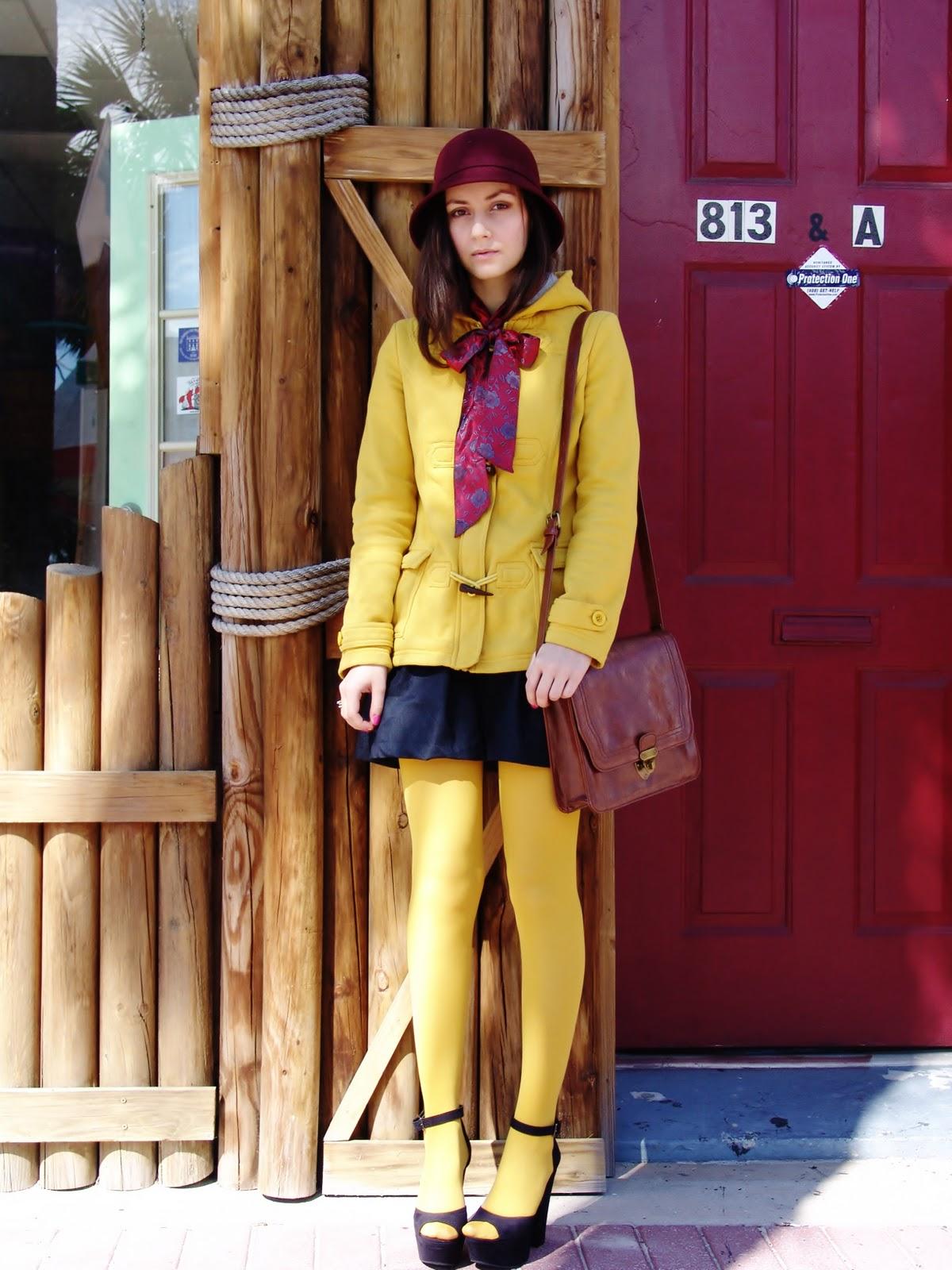 style salt: Mustard Tights and Peep Toe Heels