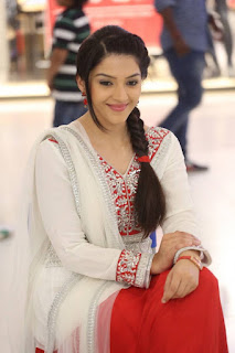 Mehreen Pictures in White Salwar Kameez at Krishna Gadi Veera Prema Gaadha Movie Promotion ~ Bollywood and South Indian Cinema Actress Exclusive Picture Galleries