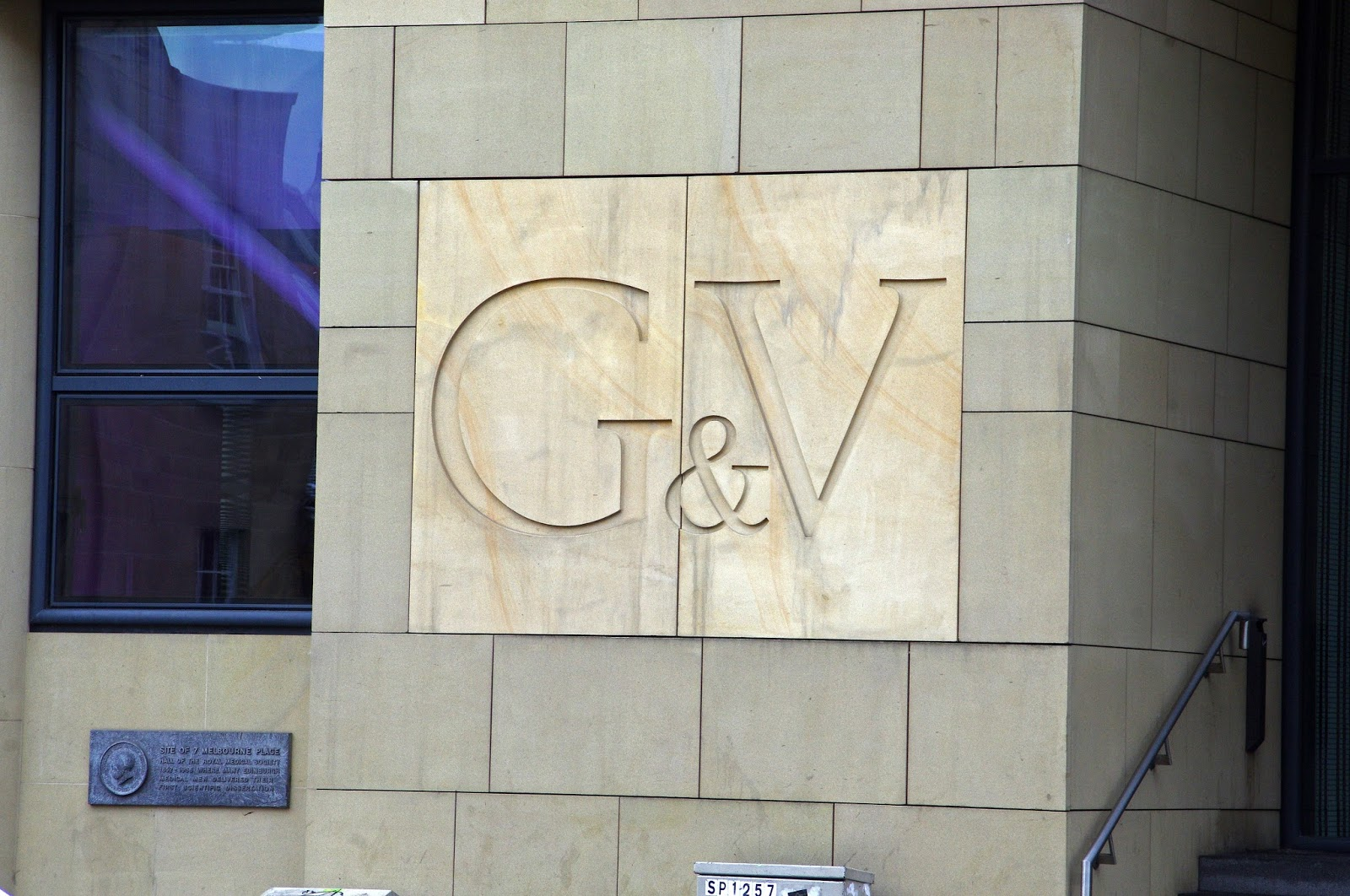 G&V Royal Mile Hotel Edinburgh Exterior